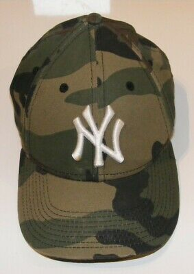 New Era New York Yankees Cap 9FORTY Men's Cap - Camouflage, Youth Adjustable