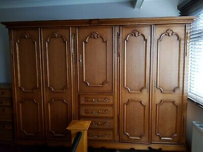 Antique french bedroom wardrobe Louis IV