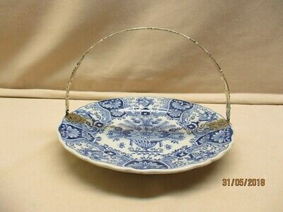 Antique Makkum blue chocolat dish with Dutch marked silver handle approx. 1915.
