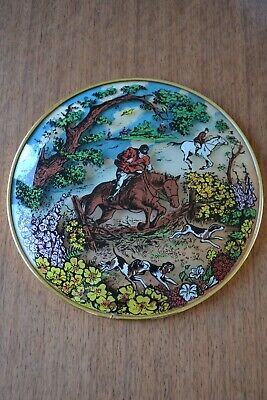 Vintage Retro MidCentury 50s 60s Wall Plaque Glass 3D Dome Painted Hunting Scene