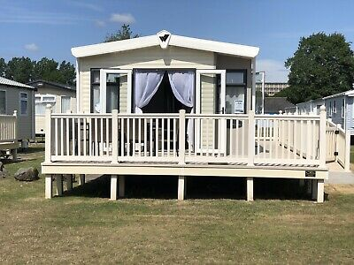 6 Berth Platinum Range Caravan For Hire Kiln Park Tenby Wales