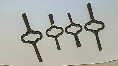 A lot of 4 carriage clock keys
