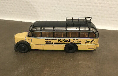 - altes Plastik-Spielzeug  Bus - R o c o- Vintage- Made In Austria.