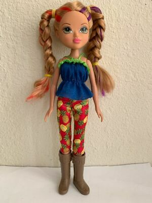 Bratz Moxie Girlz Fruity Stylez Monet Doll Blonde Hair Green Eyes Clothes Boots