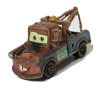 "Combined Postage /""Race Team Mater /& Sal Machiani/"" DISNEY CARS DIECAST"