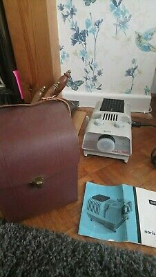 Noris 500 slide projector Vintage in Leather carry case