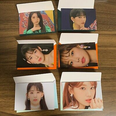 IZ*ONE IZONE official mini photocard (bloom*iz bloomiz)