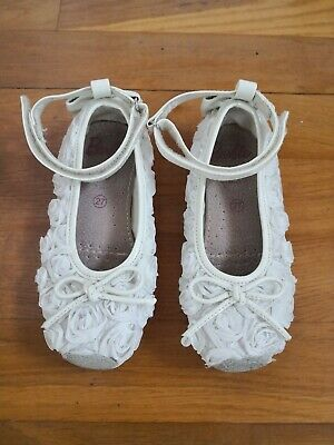Barbie Girls  White Satin Floral Shoes, Size Eur 34,worn once.