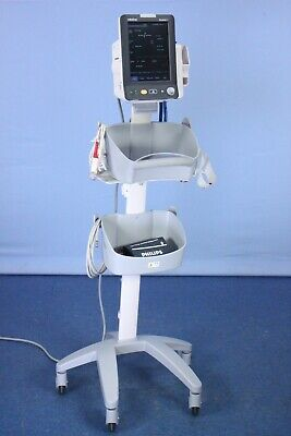 Mindray Accutorr 7 Vital Signs Patient Monitor with Stand & Accessories! TESTED
