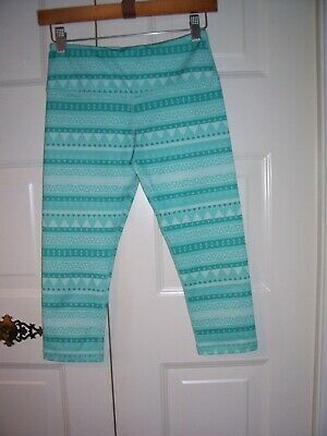 Scorpio Sol girl's green triangle designed cropped leggings key pocket size XS