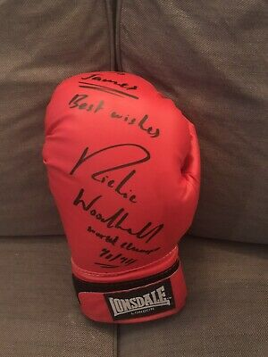 Ritchie Woodhall Signed Glove