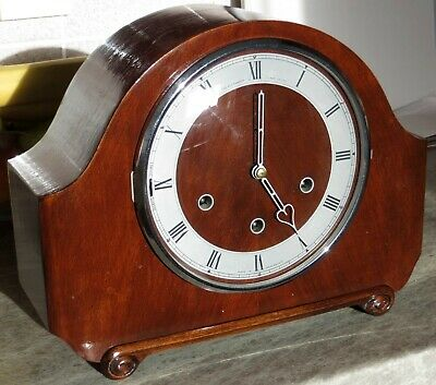 Smith's Vintage Westminster Chimes Mantle Clock.