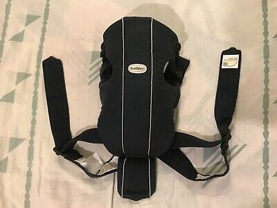 BabyBjorn Baby Carrier Original Navy Blue 4 Baby: 3.5 KG to 11 KG Good Condition