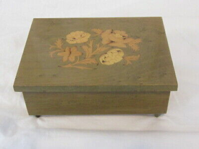 Music Box Italian Inlaid Wood Marquetry Plays Santa Lucia Green W Flowers