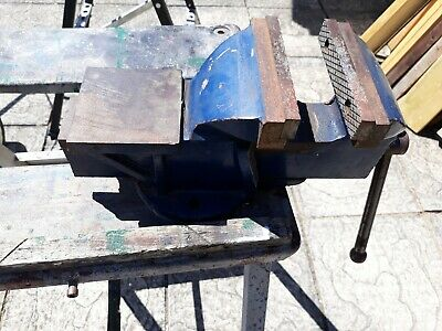 """Clarke  5"""" Bench Vice With Anvil, Hardly Used."""