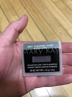 Mary Kay Mineral Eye Color Sweet Plum new