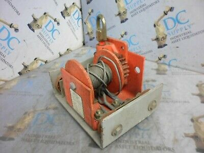 Thern 465 750 Lbs Capacity Worm Gear Hand Winch