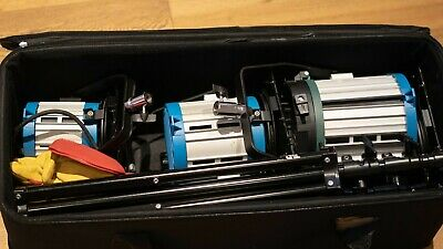As Arri Alumotec 300/650/1000W Fresnel Tungsten lights, 2 x Stands and Gloves