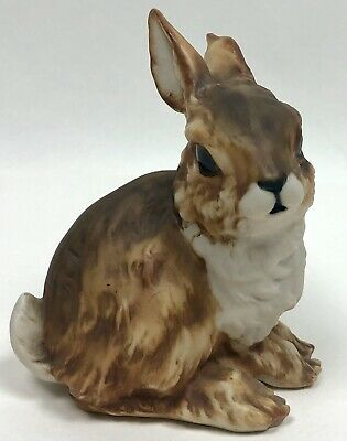 Adorable Kaiser W Germany Rabbit Figurine Painted Bisque 527