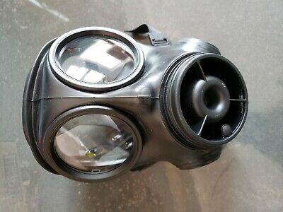 Avon S10 Size 2 (Medium) Gas Mask Respirator With Filter Very good Condition