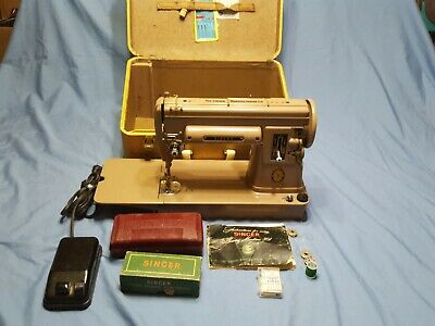 VINTAGE  SINGER LONG BED 301A SEWING MACHINE W/many Attachments
