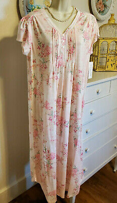 NWT M Medium Miss Elaine Nightgown Gown NEW Long Pink Floral Super Soft Cap SLV