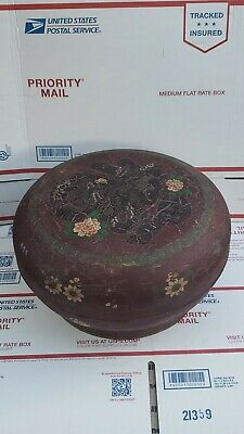 Antique Chinese Lacquered Wood Box W/ Hand  Decoration CHARACTERS