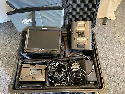 Sony LMD 940W 9 inch HD Production Monitor with accessories