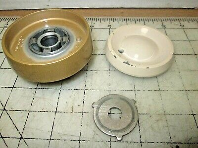 Singer Sewing Machine 500A Hand Balance Wheel Assembly with Knob, Clutch 500