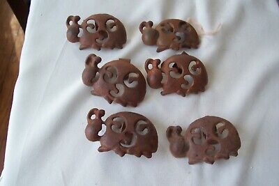 6 Antique Metal Rusty Iron Curtain Rod Clips Rabbit ? or Turtle?