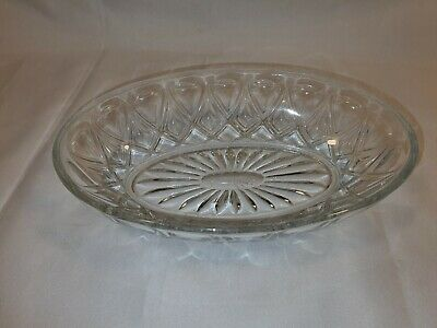 Vintage Oval Cut Glass Desert Dish Beautiful Pattern In Great Condition