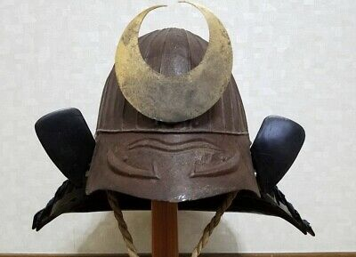 Japanese antiques Thirty-two muscular helmet Edo period Life-size armor KABUTO
