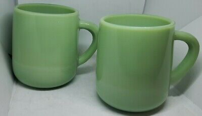 Two Jadeite Green Glass Large Restaurant Style D Handle Coffee Mugs 16 Ounce