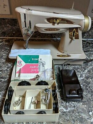 Singer 503a Rocketeer Slant-o-matic Sewing Machine w/ Manual Accessories Tested