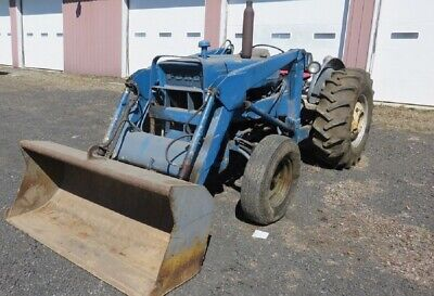 1970 Ford 3000 Tractor W/Front End Loader, 3 CYL Gas Engine