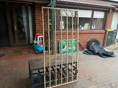 VINTAGE WROUGHT IRON  GATE 1960s IN GOOD CONDITION