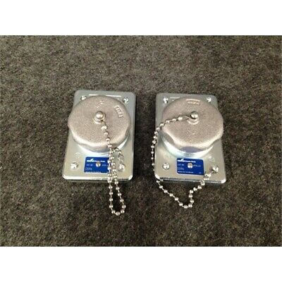 Box of 2 Eaton DS96 Receptacles w/15A, 125V, 2P3W Ground Type