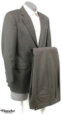 """Jos A Bank Gray Small Checked 2 Btn Wool Suit 40R Pleated Fronts 32"""" W"""