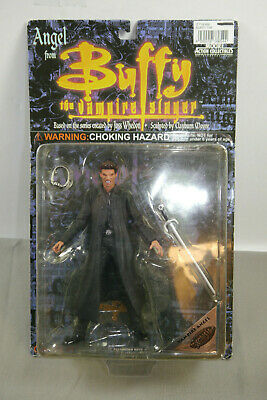 Buffy the Vampire Slayer Angle Action Figure Moore New Orig. Packaging (K92)
