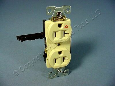 New Cooper Industrial Ivory ISOLATED Ground Duplex Outlet Receptacle 20A IG5362V