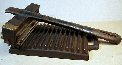 Antique Foote Crimper Pleater Syracuse NY Cast Iron Roller & Underplate Ruffle