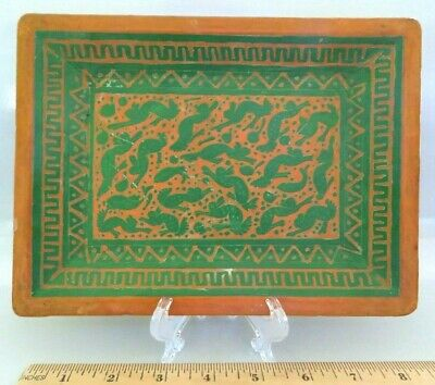 Vintage Olinala Mexican Guerrero Hand Carved Lacquer Wood Tray, Animals Rabbits