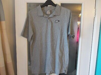 Nike shop returned age 13-15 grey polo shirt excellent condition