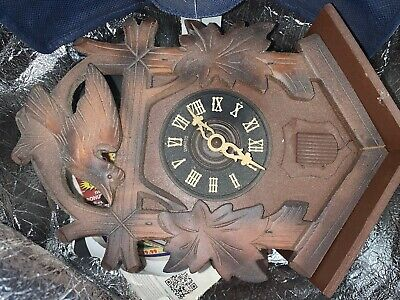 OLD ANTIQUE RUSTIC GERMAN BLACK FOREST TRADITIONAL WOOD CUCKOO CLOCK EARLY 1900s