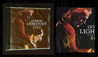 "GORDON LIGHTFOOT SIGNED - ""SOLO"" CD - Brand New Sealed CD with Signed Booklet!"