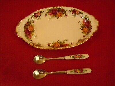 Royal Albert Old Country Roses   ***  REGAL TRAY .+ PR OF TEASPOONS TO MATCH ***