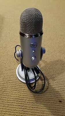 Blue Yeti 6123112 Microphone - Silver Used with shielded usb cable