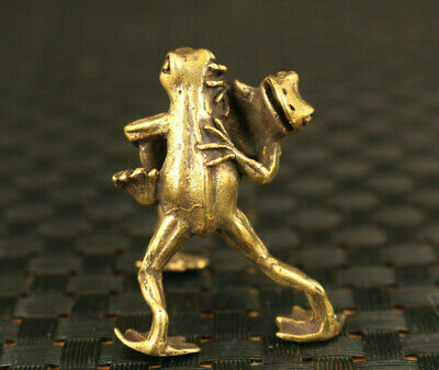 chinese old bronze Handcarved OK lovely frog statue noble decoration netsuke