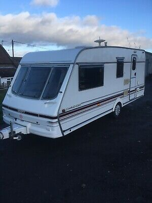 Swift Challenger 520se 4 Berth Caravan With Awning