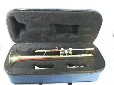 Getzen 300 Series Trumpet USA with 7C Mouthpiece and Soft Side Case For Repair
